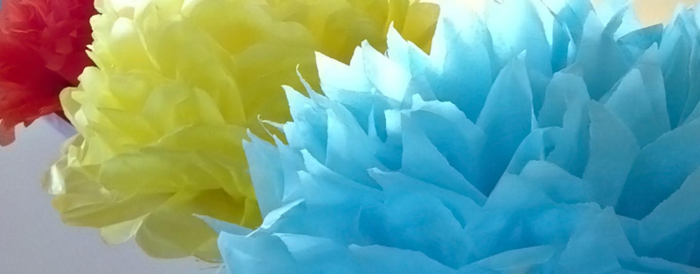 Цветы из <strong>поделки из гофрированной бумаги в картинках</strong> гофрированной бумаги. 10 лучших мастер-классов!