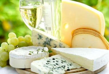 Сырная тарелка: французская традиция для фуршета