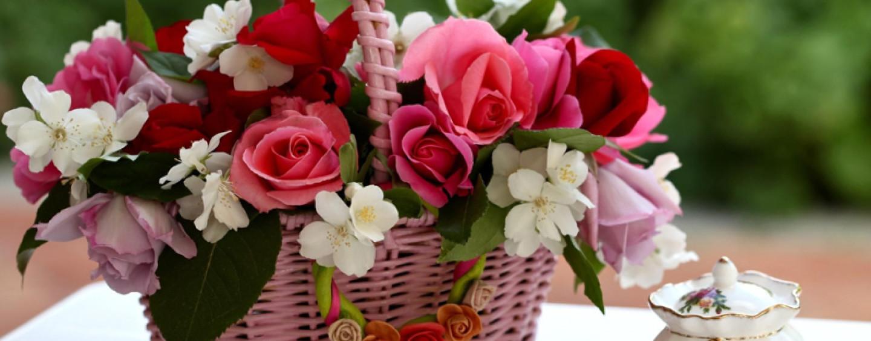 Корзина цветов – идеальный презент