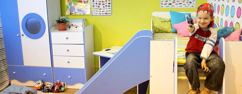 Подарок для четырехлетнего морячка: мебель для комнаты мальчика