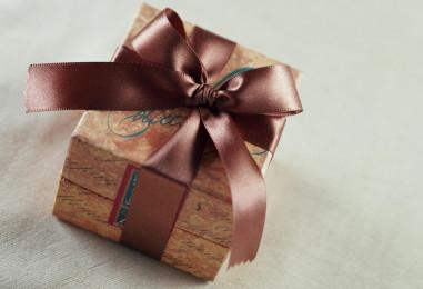 15 идей персонализированных подарков на юбилей