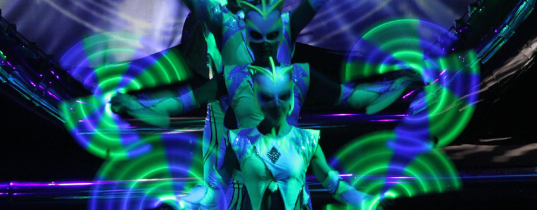 Световое шоу на празднике: пришельцы атакуют!