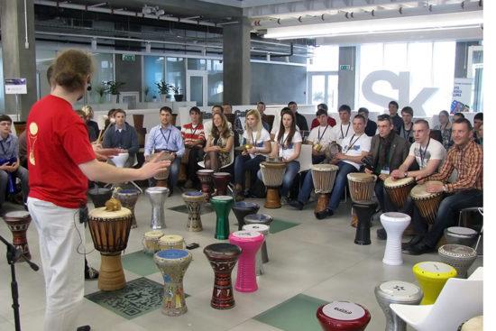 барабанный мастер-класс на мероприятии