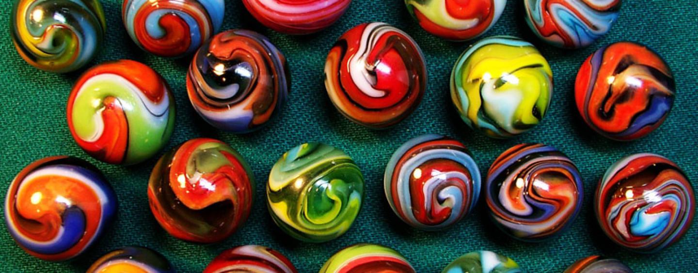 Марблс на празднике — игра, украшение или подарок