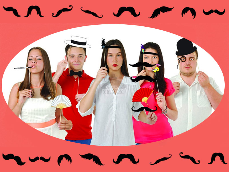 Фотобутафория для праздников: тематические наборы усов, губок и других аксессуаров!
