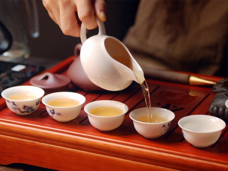 Чайная церемония на празднике: гармония души и разума