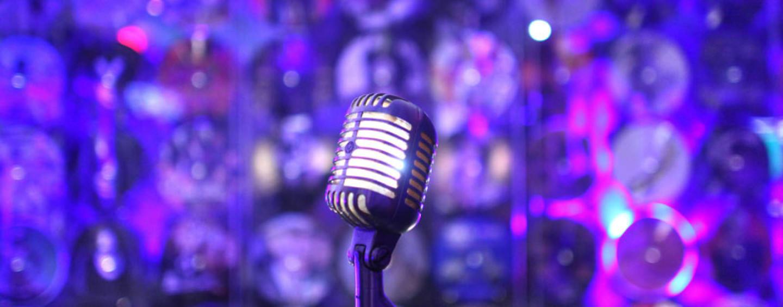 Что такое «живое» караоке? Вечеринка в стиле «С песней по жизни!»