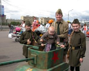Парад колясок в парке Горького