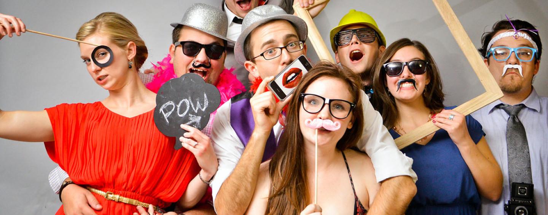 Как отметить день рождения компании? 15 идей с вариациями