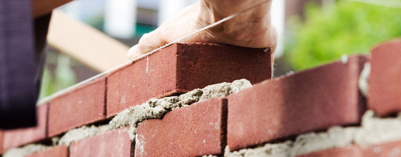 Как отметить День строителя: 12 идей под любой бюджет