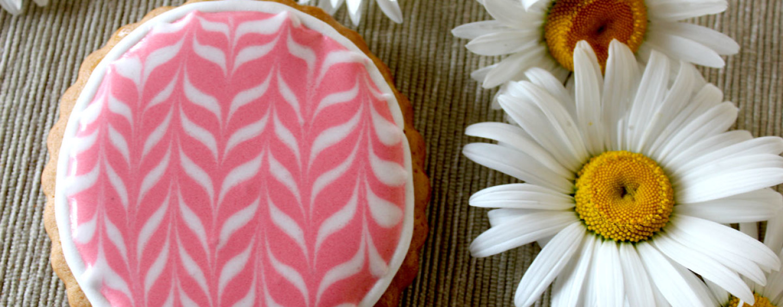 Готовимся к детскому мастер-классу: белковая глазурь для росписи пряников