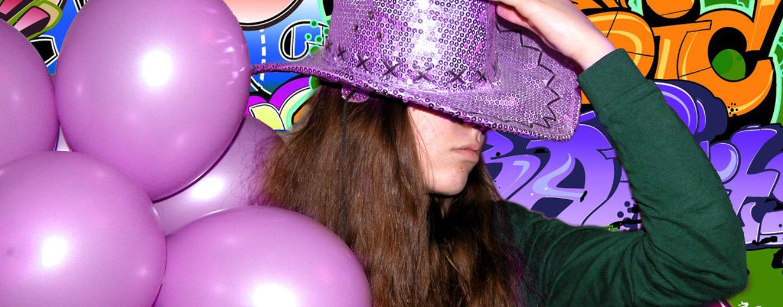 Вечеринка в стиле Rock? Pop-вечеринка? А может Хип-хоп? Три варианта яркого праздника (10-14 лет)