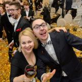 Веселая вечеринка для взрослой компании (день рождения, годовщина свадьбы): примеры популярных программ
