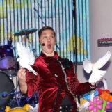 «Обыкновенное чудо»: шоу фокусника, магический мастер-класс и дискотека (7-11 лет)
