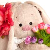 Как поздравить девочек с 8 марта: 10 маленьких сюрпризов для праздника в классе
